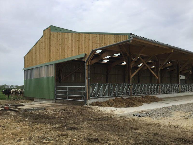 Construction stabulation bain de bretagne 35 ille et - Hangar gratuit avec toiture photovoltaique ...